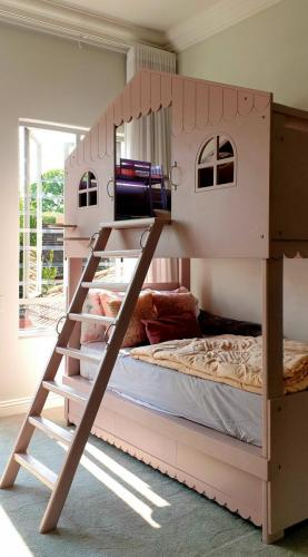 Bunker Bed no 1