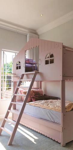 Bunker Bed no2 jpg